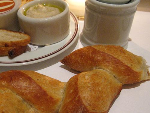 Bouchon-Bread